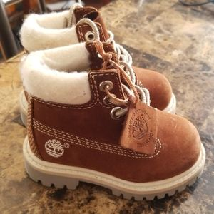 Infant Timberland boots size 4
